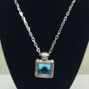 Jewelry - Costume faux aquamarine stone necklace.